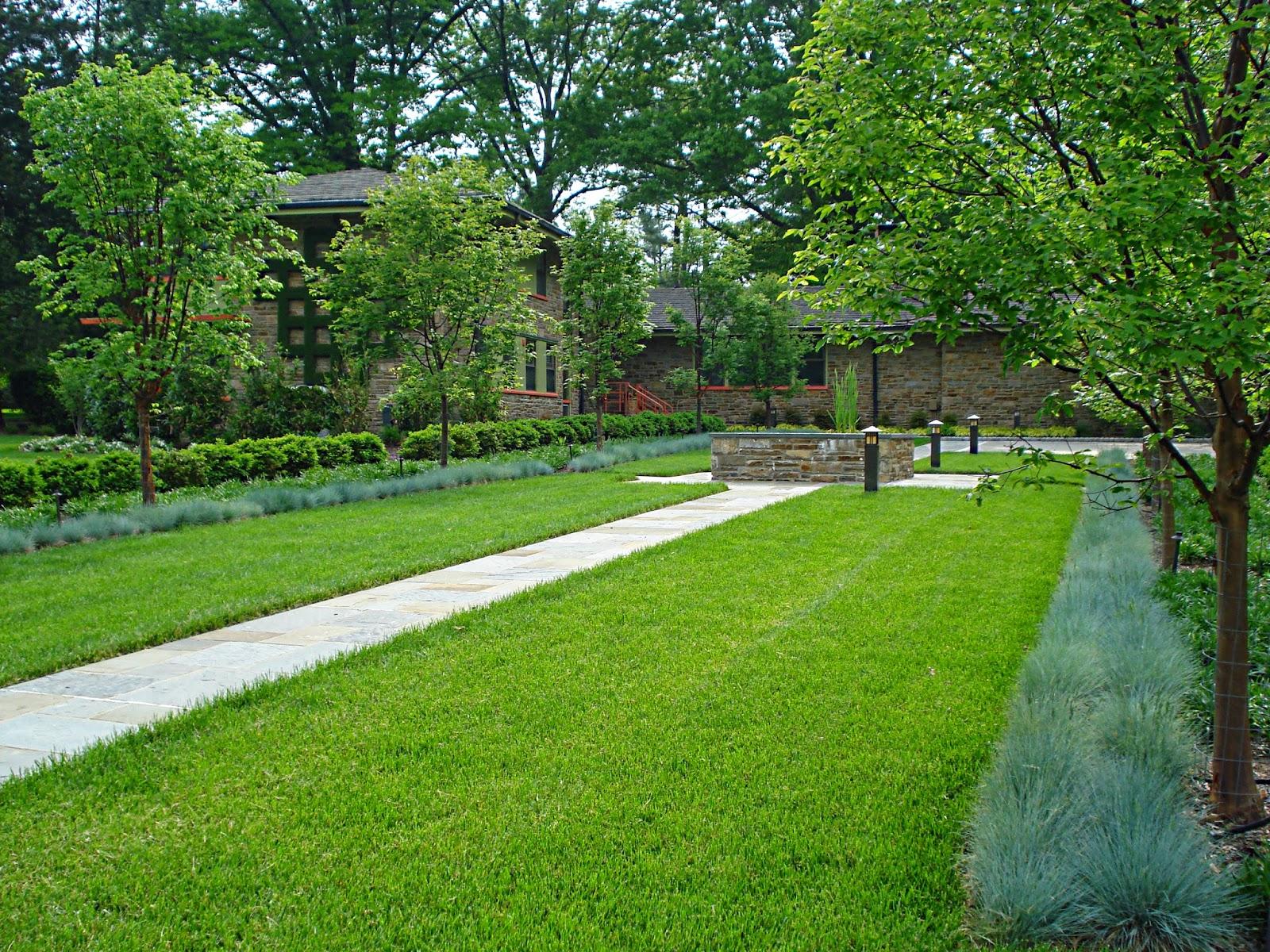 entry garden by Danilo Maffei