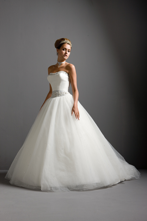 Love fashion, love gorgeous bridal dresses. Best wishes, my dear.