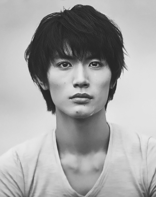 To Wakaouji Misaki: Miura Haruma (三浦 春馬) [photos]