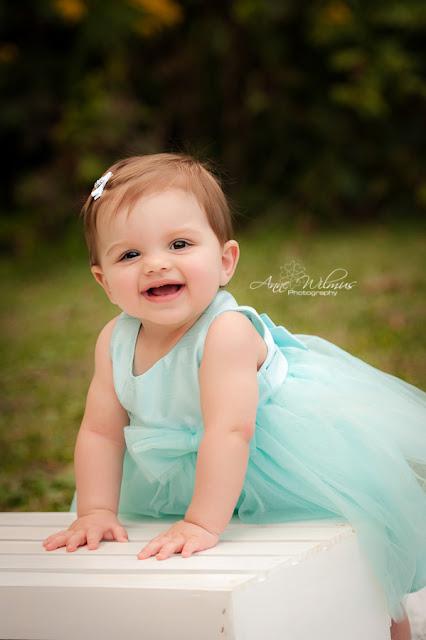 Une Photographe bébé fille