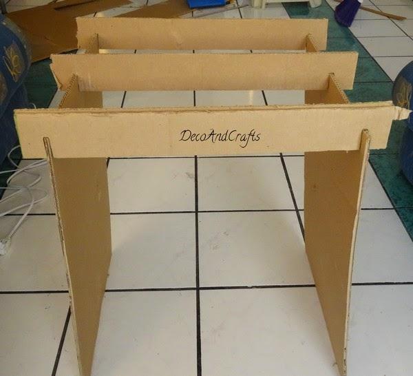 Mueble de carton tama o real bur for Hacer muebles con carton