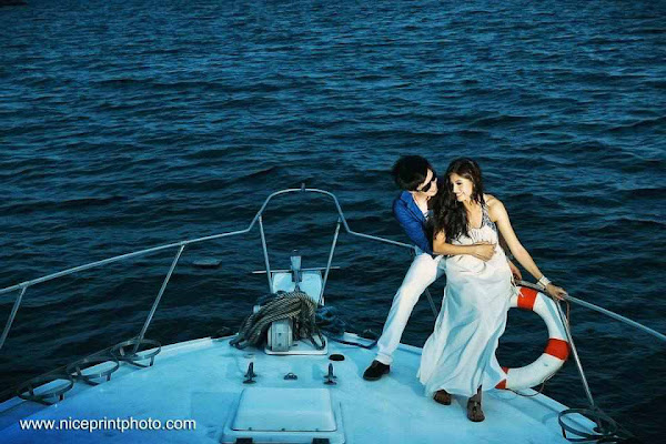 Shamcey Supsup and Lloyd Lee (photographs, pictures and images)