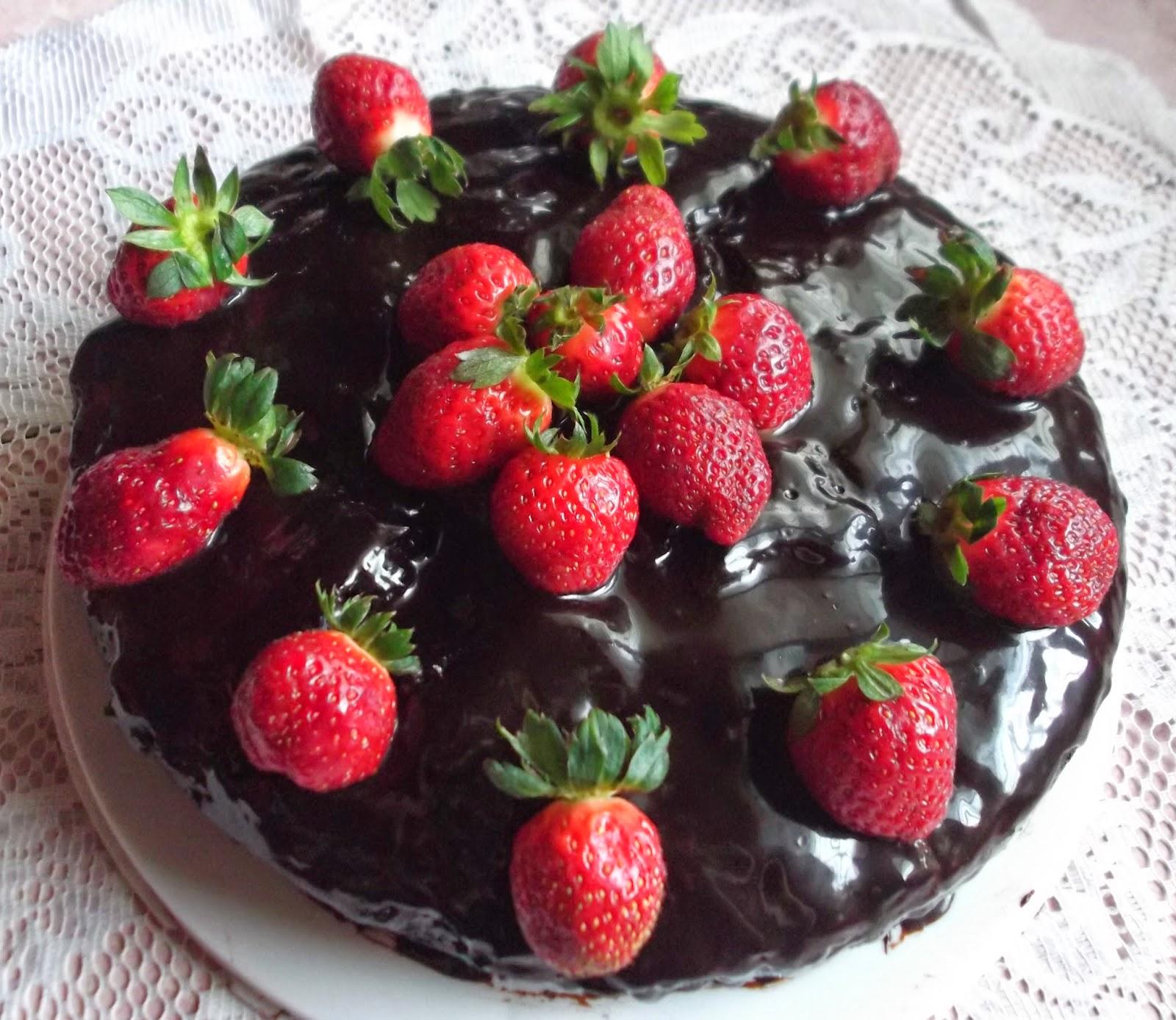 Kek Coklat Lembap Mudah