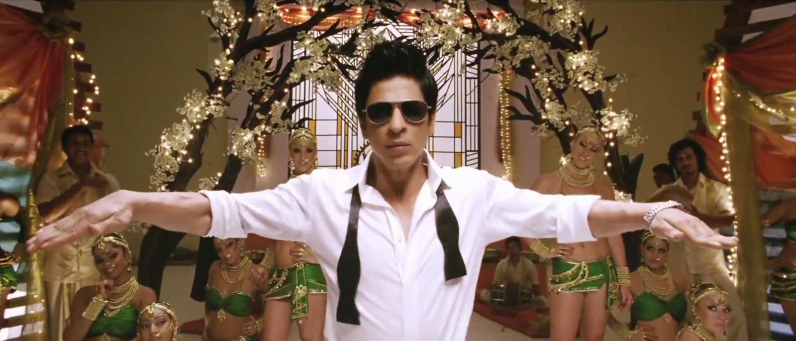 (106.02 MB) Chammak Challo (Remix) - Ra-one full song HD