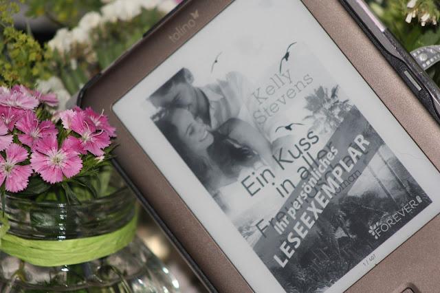 http://forever.ullstein.de/ebook/ein-kuss-aller-freundschaft/