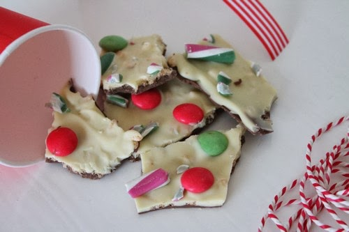 The Mrs Makes: Thursday Treats - Christmas Chocolate Bark