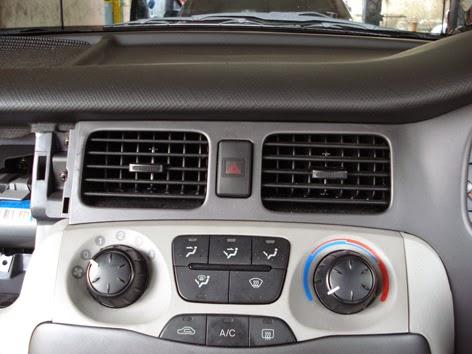 AC Mobil Tidak Dingin Dashboard AC Mobil