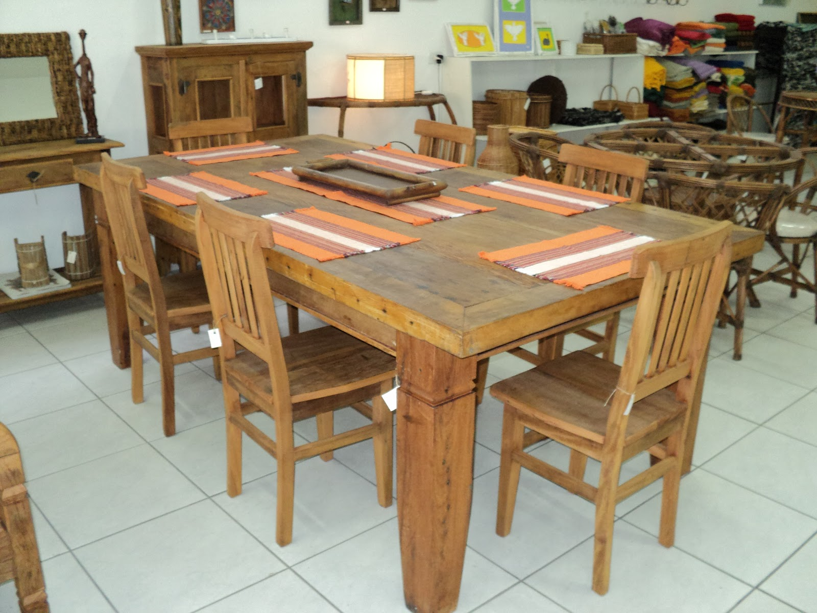 Casa e Arte: mesa em madeira de demolição 2 20x1 20 #936838 1600x1200