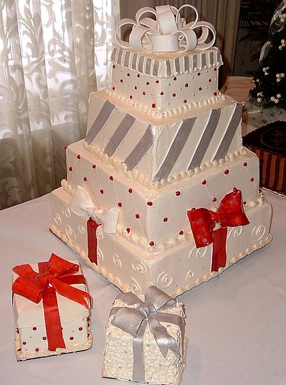 christmas wedding cakes pictures