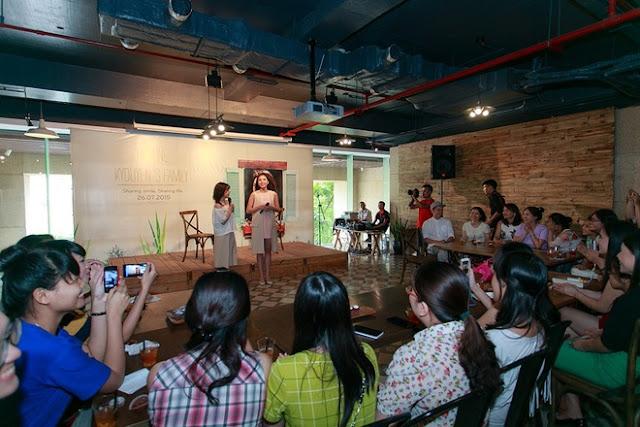 Kỳ Duyên tổ chức họp fan tại Hà Nội