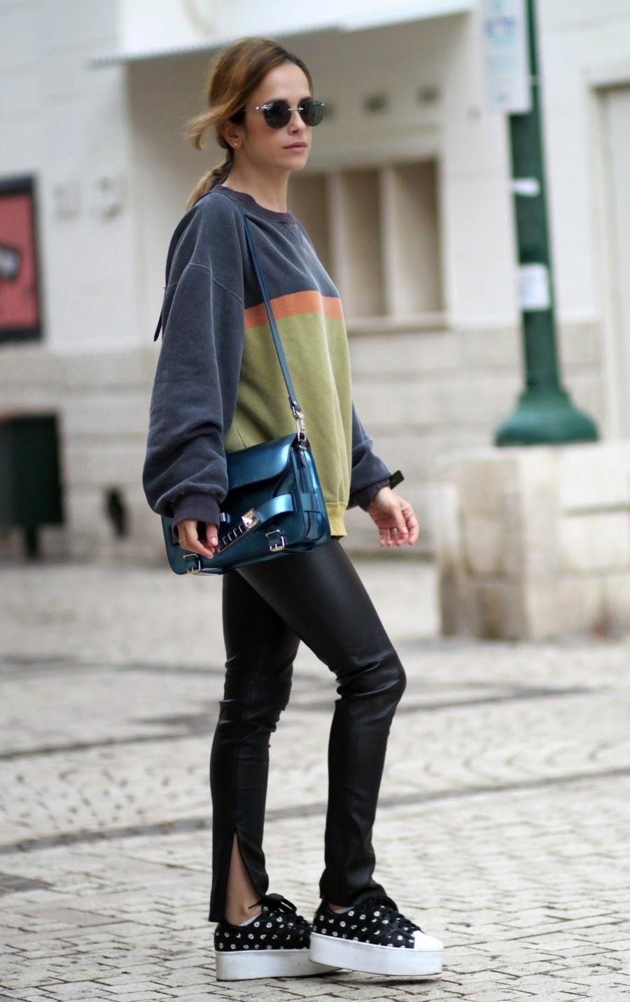 ps11, proenzaschouler, calvinklein, clueless, streetstyle, puffsleevess, sweatshirt, streetstyle, fashioblog, אופנה, בלוגאופנה, סטייל