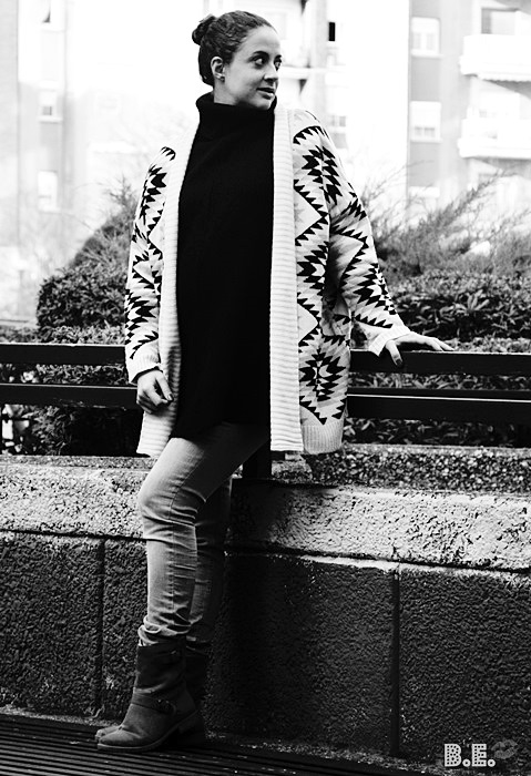 Outfit-cardigan-geometrico-3