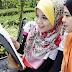 Tips Jilbab Saat Mengendarai Sepeda Motor