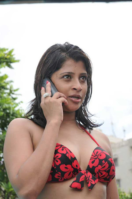 hot nadeesha hemamali pictures