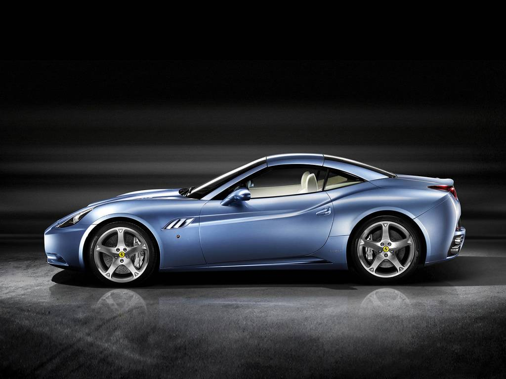 automobiles tout savoir sur les marques ferrari california. Black Bedroom Furniture Sets. Home Design Ideas