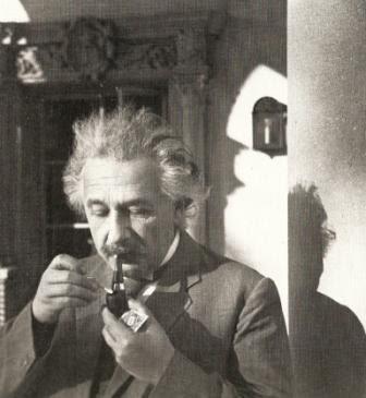 Einstein en fotograf�as. 107