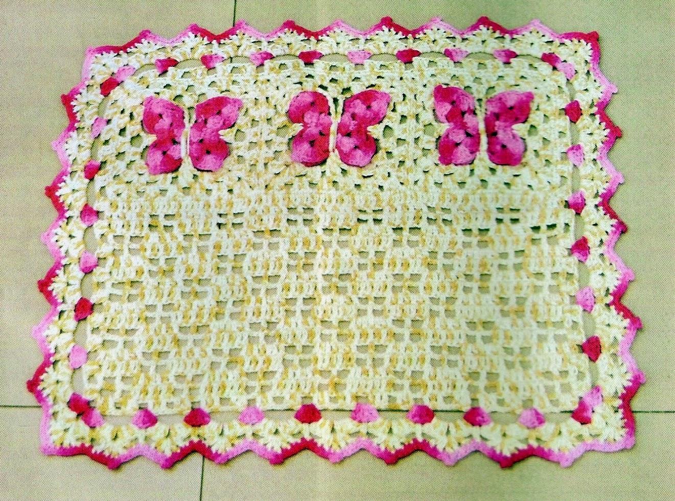 Croche com receita tapete em croch com borboletas pink for Clases de tapetes