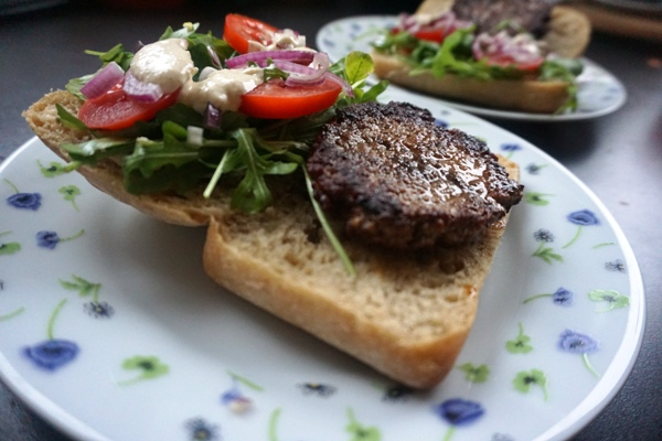 Domowe wieśburgery, bigmacki