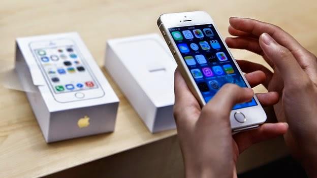 Demandan a Apple por vender el iPhone sin los 16 GB completos