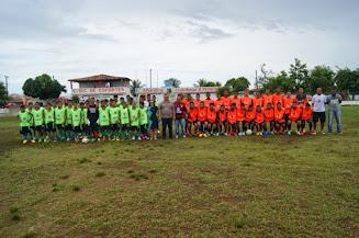 """Jovens do """"Esporte e Ação"""" de Alhandra são convidados para jogar em equipes de outro estado"""