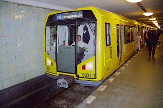 U-Bahn: Es ist geschafft: Die U-Bahnlinie 6 fährt wieder durch