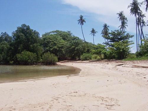 foto wisata pantai empu rancak