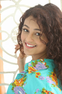 Seerat Kapoor Latest Stills (7).jpg