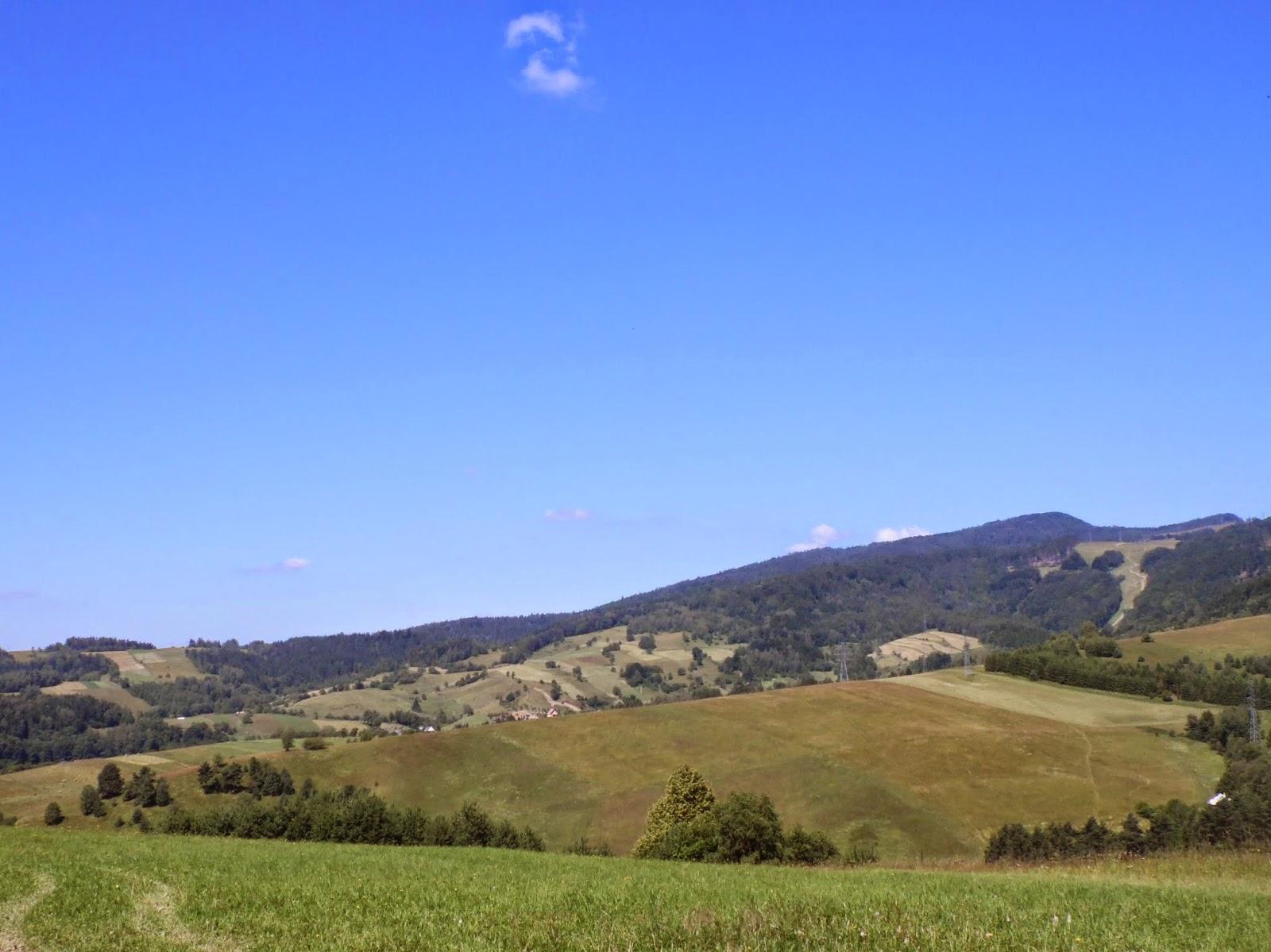 Krajobraz wiejski w drodze na Jaworzynę Krynicką z Muszyny