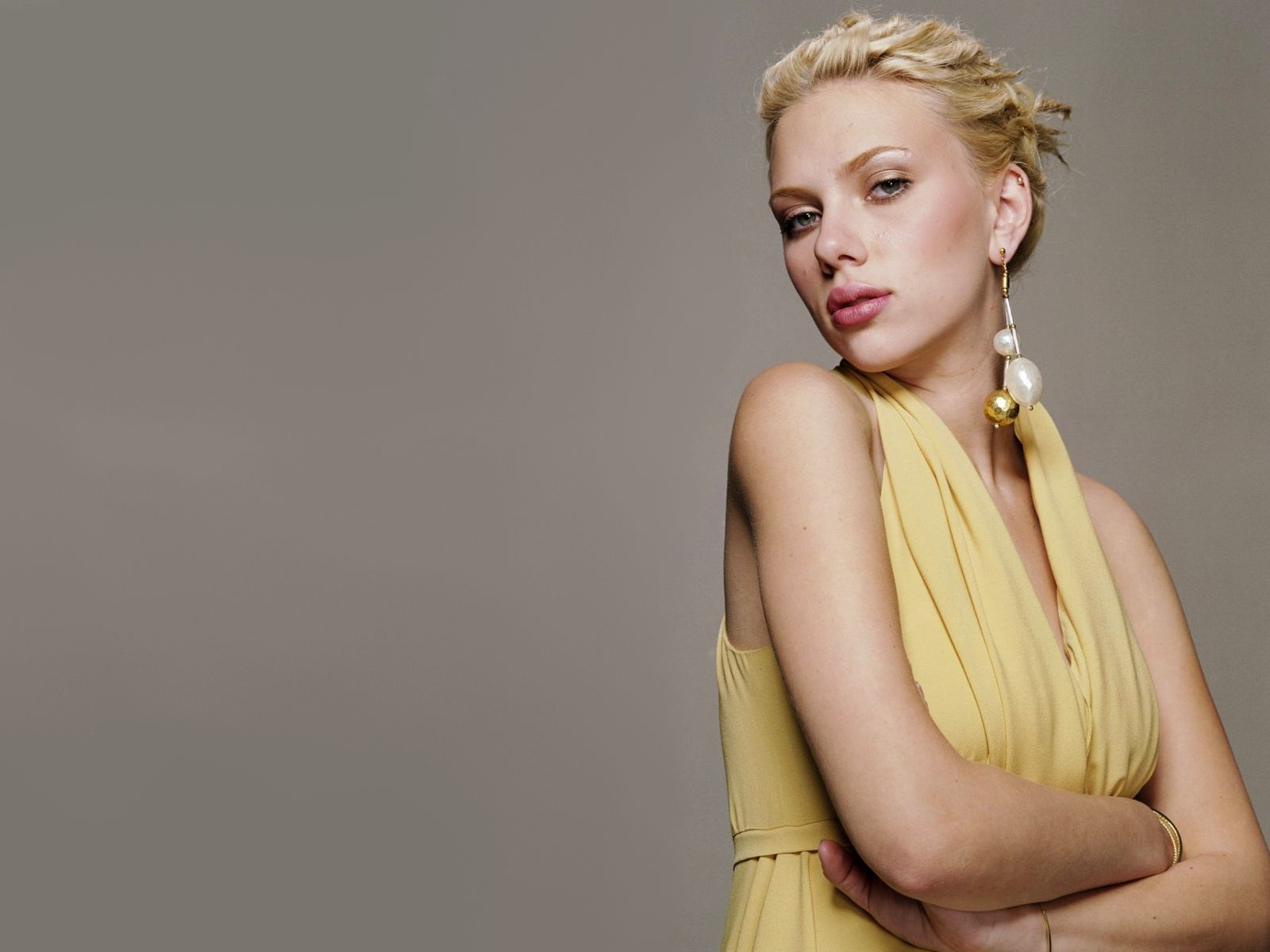 Hot Bio Celebrity Pictures: Scarlett Johansson Latest Hot ...