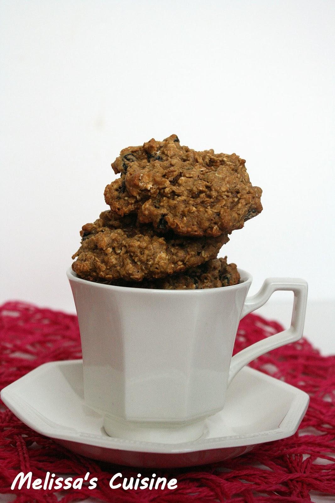 Melissa's Cuisine:  Healthier Oatmeal Raisin Cookies