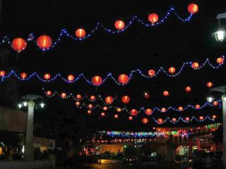 Wauw.! Ribuan Lampion Menghiasi Solo Bagai Di Shanghai
