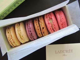 Oh la la! Ladure Macarons!