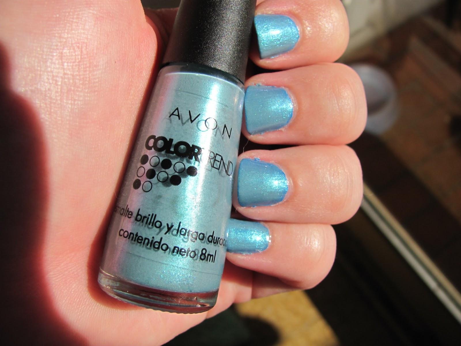 Esmaltes: Avon Color Trend - Azul Alegría   Púrpura Profundo