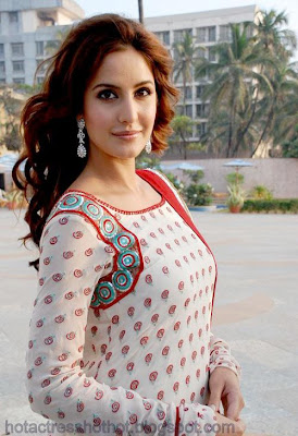 katrina kaif hot pics in a dotted top