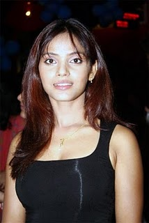 Hot Neetu Chandra Photos Pics