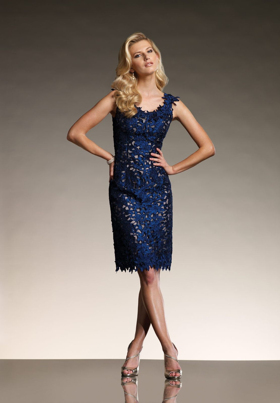 three quarter sleeve long dresses