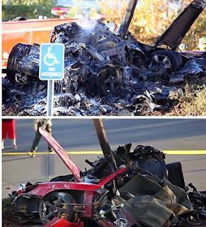 Foto mobil Paul Walker yang terbakar