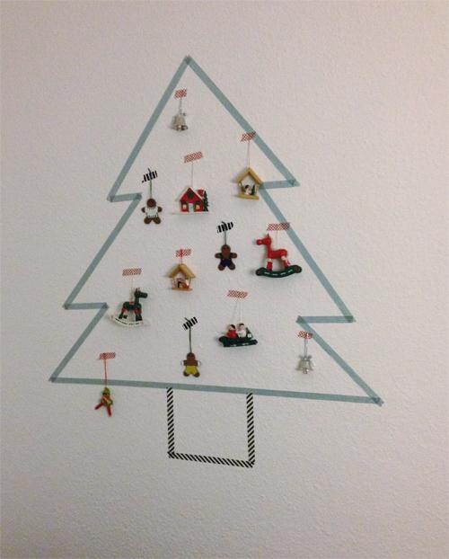 Binedoro klebeband weihnachtsbaum an der wand diy - Weihnachtsbaum wand ...