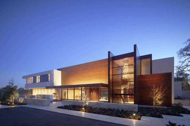Front facade of modern Oz House in Silicon Valley at night