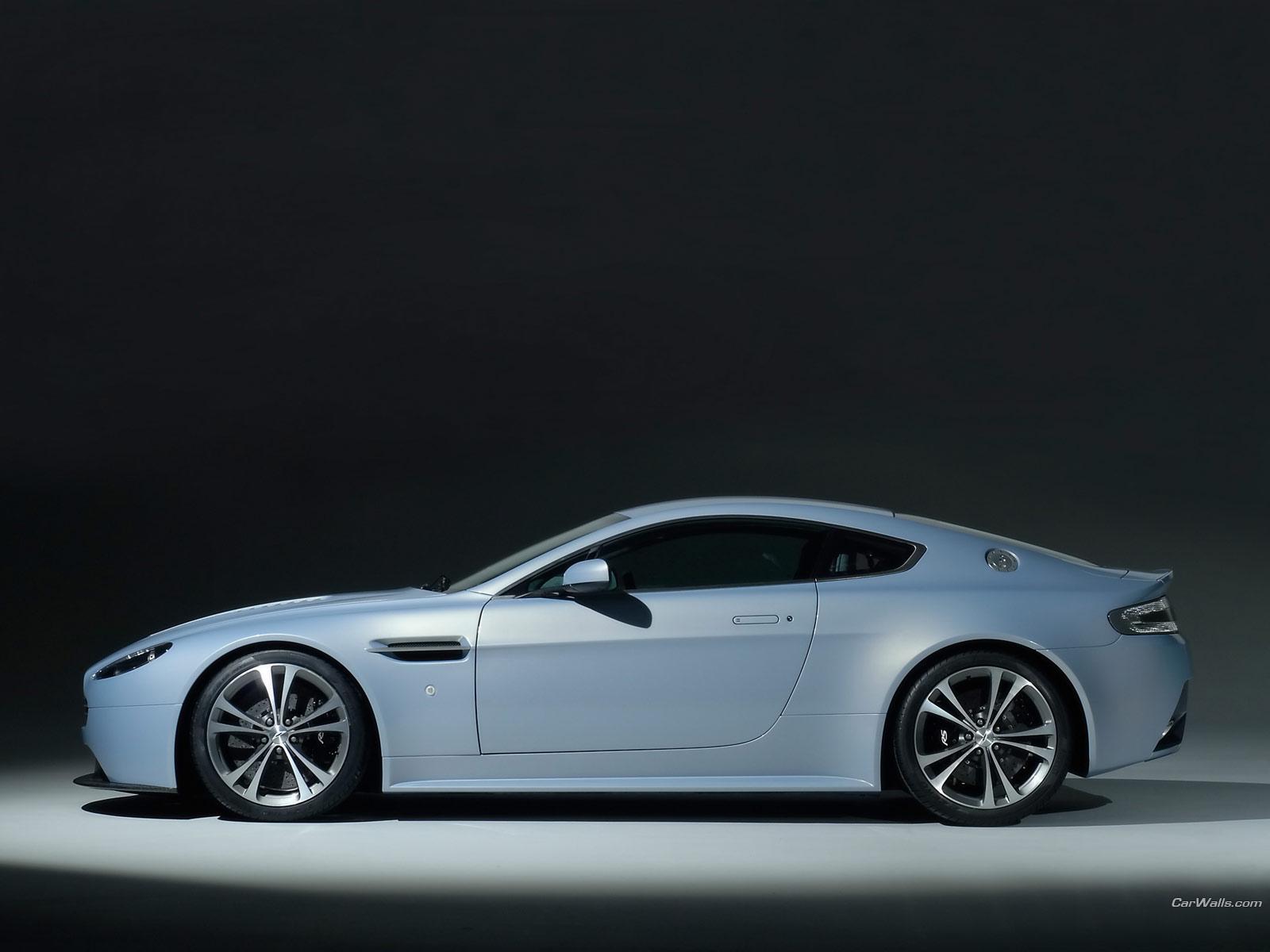 http://4.bp.blogspot.com/-q_7jKVUuChU/ThIlJ_g9NjI/AAAAAAAAAbM/BhJLkybJkWY/s1600/Aston-Martin_vantage-V12_203_1600x1200.jpg