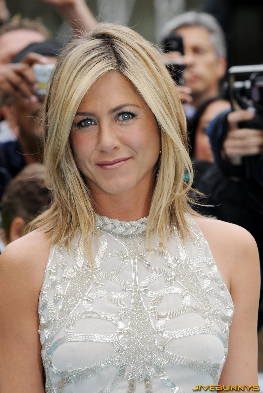 Jennifer Aniston speci...