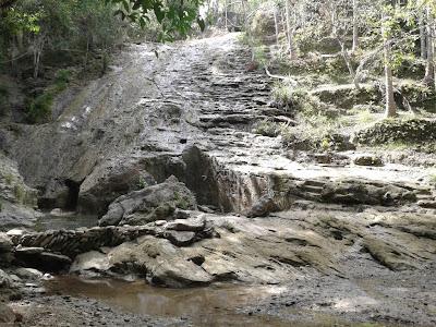 Air Terjun Banyunibo saat musim kemarau