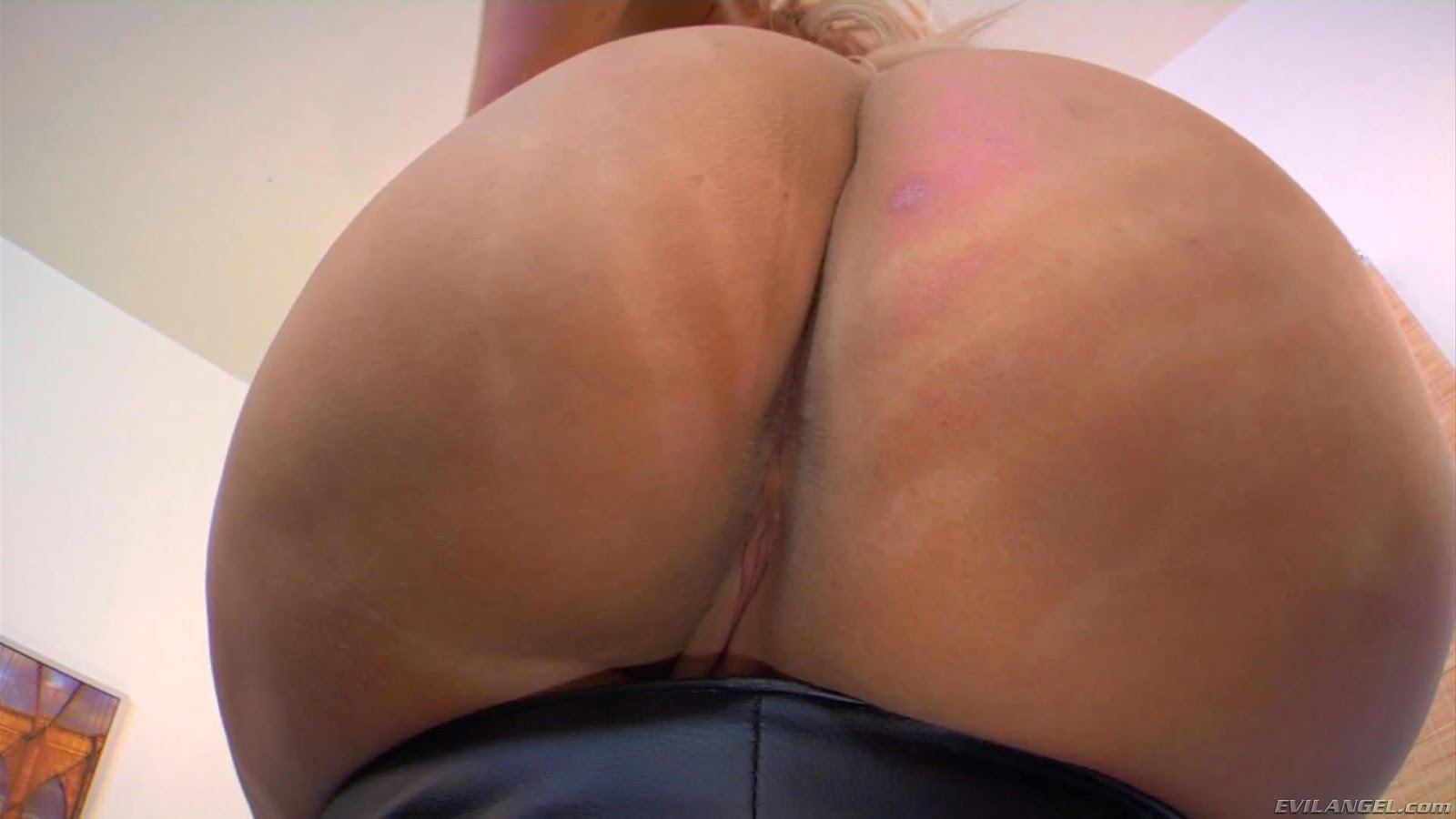 Big ass virgo peridot does bbc anal 5