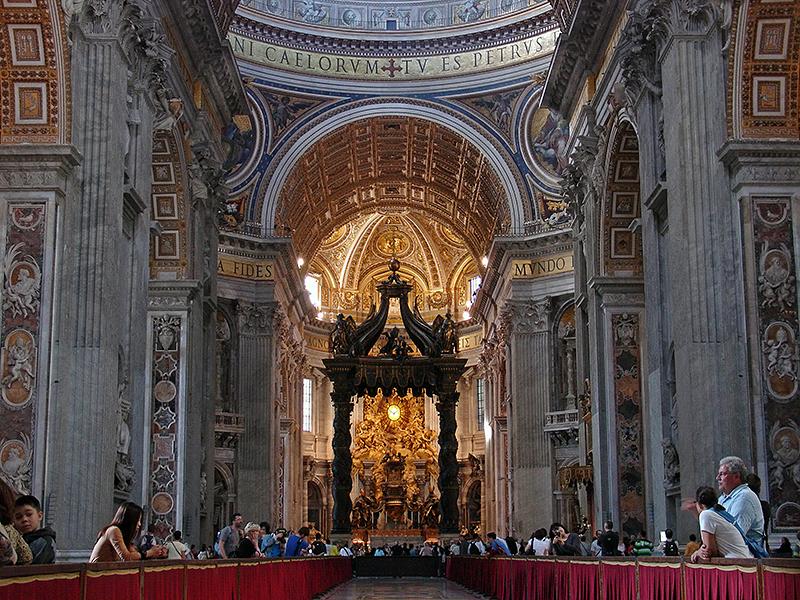 La nef de la basilique Saint-Pierre