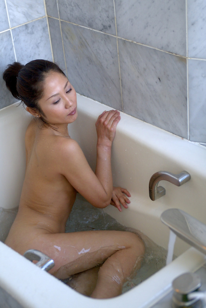 www.CelebTiger.com+Smiling+Asian+babe+Yuka+A+poses+nude+in+the+kitchen12 Asian MetArt Model Yuka A Poses Nude In Her Kitchen And Shows Us Her Round Booty Photo Gallery