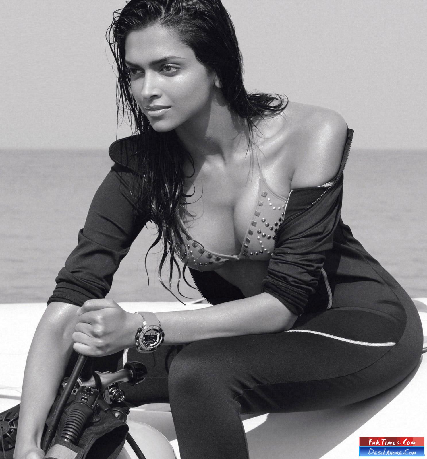 Deepika padukone hot boobs pics
