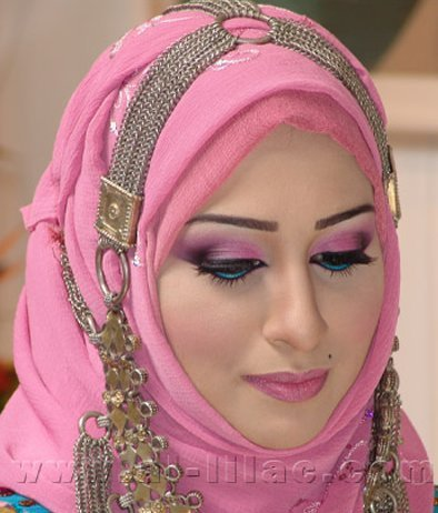 Arabian nude womens in hijab
