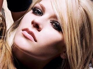 Avril Lavigne wiki and pics