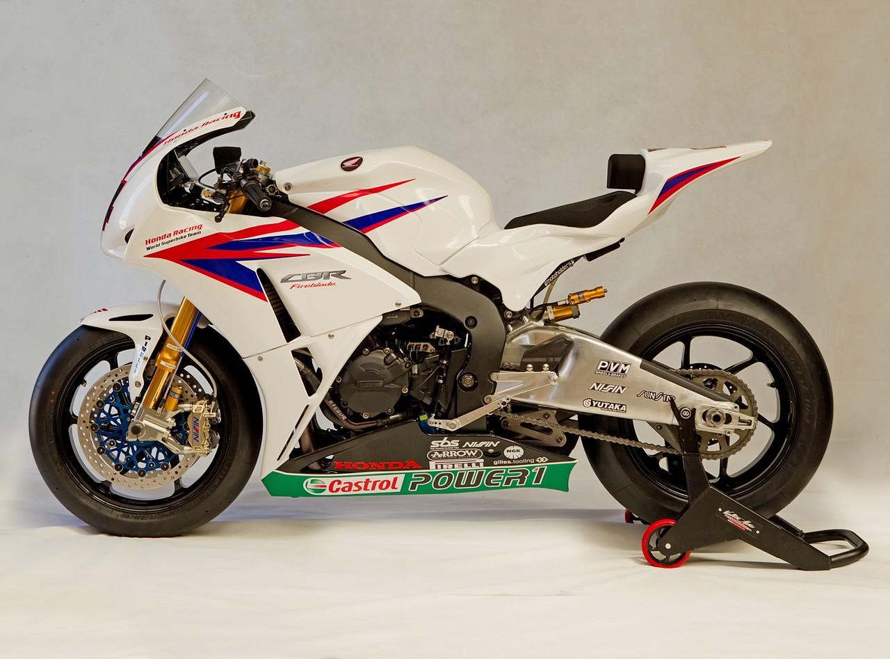 Machines de courses ( Race bikes ) - Page 8 Honda%2BCBR%2B1000%2BRR%2BTeam%2BTenKate%2B2012%2B03