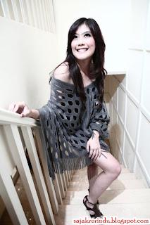 Shinta Rosari Sinden Cantik OVJ